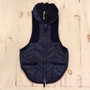 Free People Vest Sz M blue velvet puffy vest